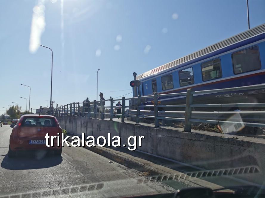 treno sygkroysh nekrh pyrgetos 1 - Tρένο παρέσυρε αυτοκίνητο που οδηγούσε 73χρόνη τρικαλινή